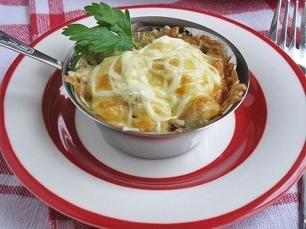 julienne-of-chicken-with-mushrooms