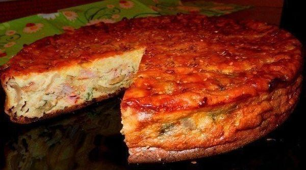 cake-sour-cream-with-chicken-and-mushrooms