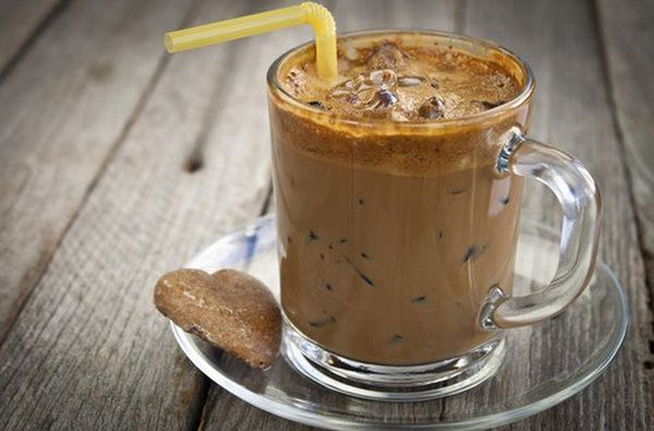 coffee-with-honey-nutmeg-and-cinnamon