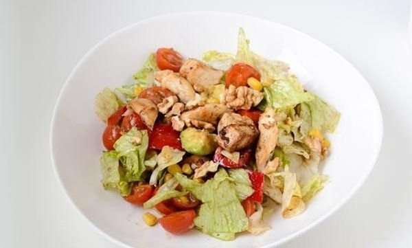 salad-with-lemon-chicken-and-avocado