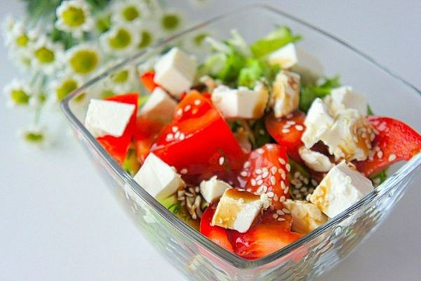 vegetable-salad-with-feta-cheese