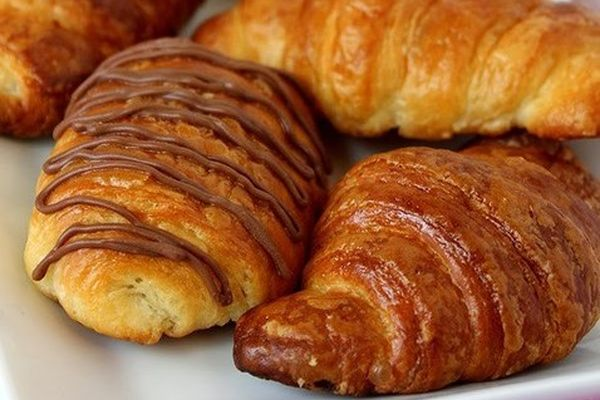 croissants-with-chocolate