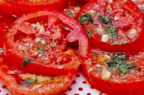 marinated-tomatoes-in-italian-for-30-minutes