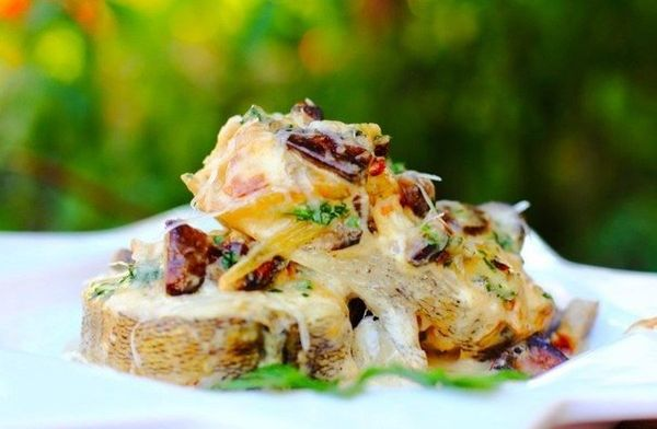 perch-baked-with-mushrooms