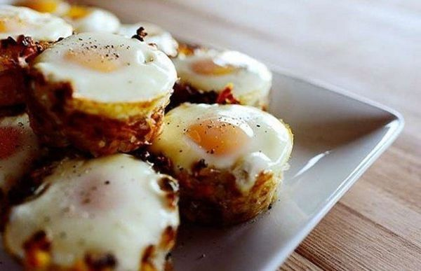 potato-baskets-with-scrambled-eggs
