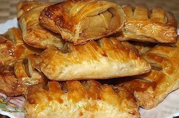 puff-pastry-with-apples