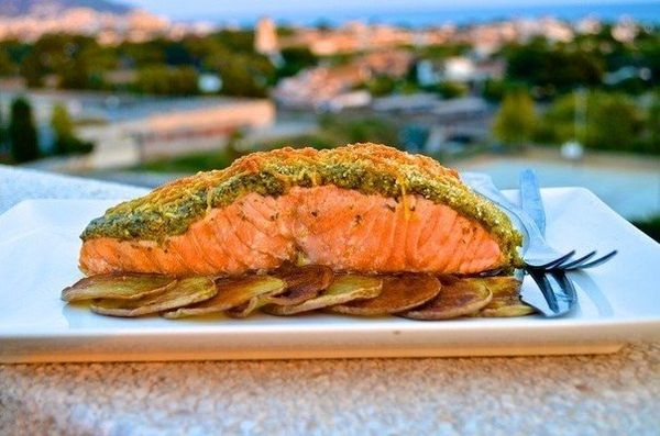 salmon-with-crispy-pesto-and-cheese