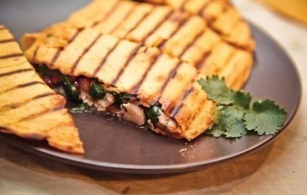 home-quesadilla-with-chicken-for-30-minutes