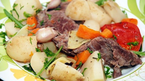 beef-with-vegetables-for-christmas