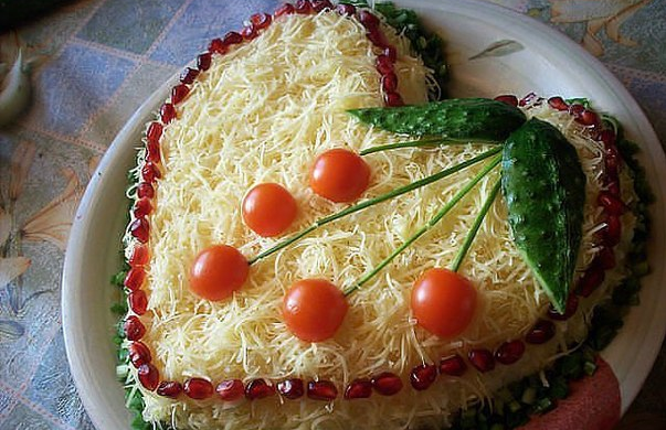 chicken-salad-with-cheese