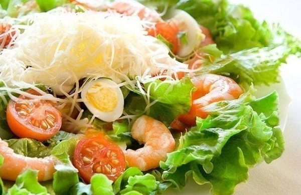 salad-with-shrimp-2