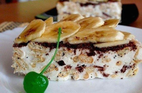 sour-cream-cake-from-cracker