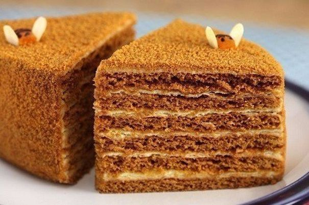 CLASSIC-HONEY-CAKE
